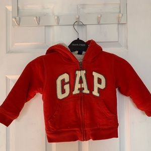 Gap sweater for toddler